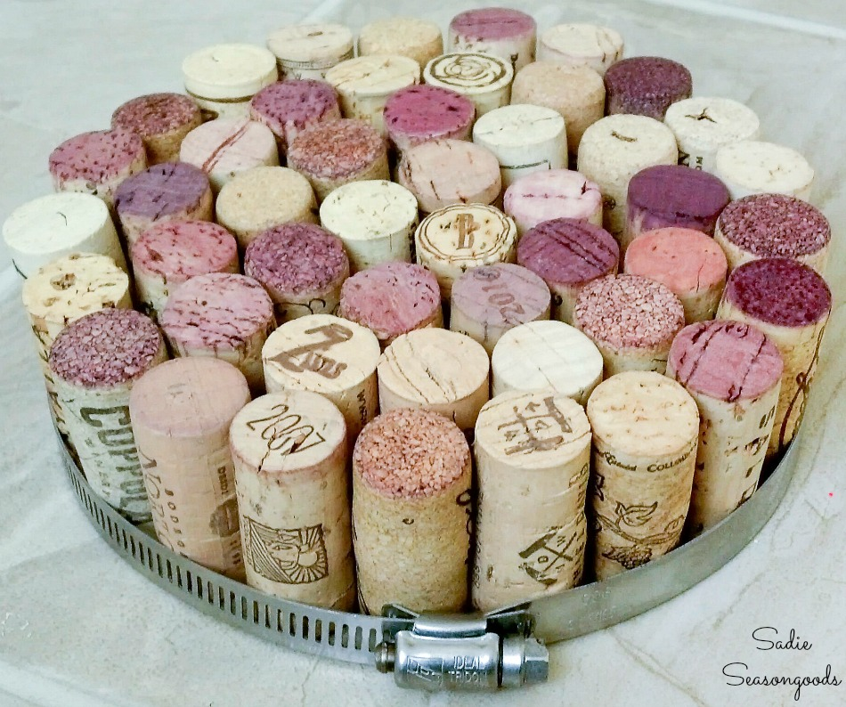 Making a cork trivet as a wine cork project for the kitchen