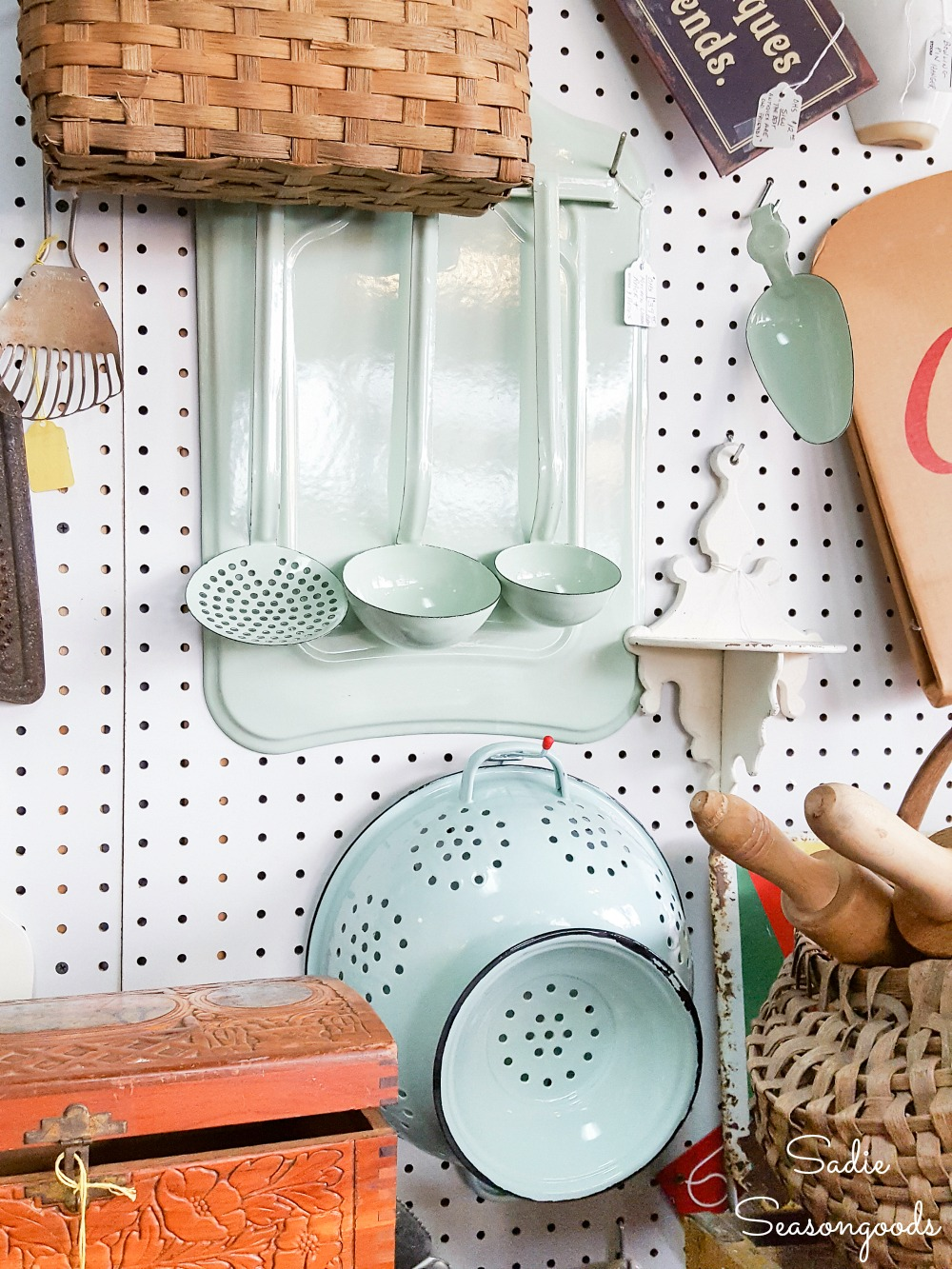 Enamel cookware and metal colander to become an outdoor hanging basket