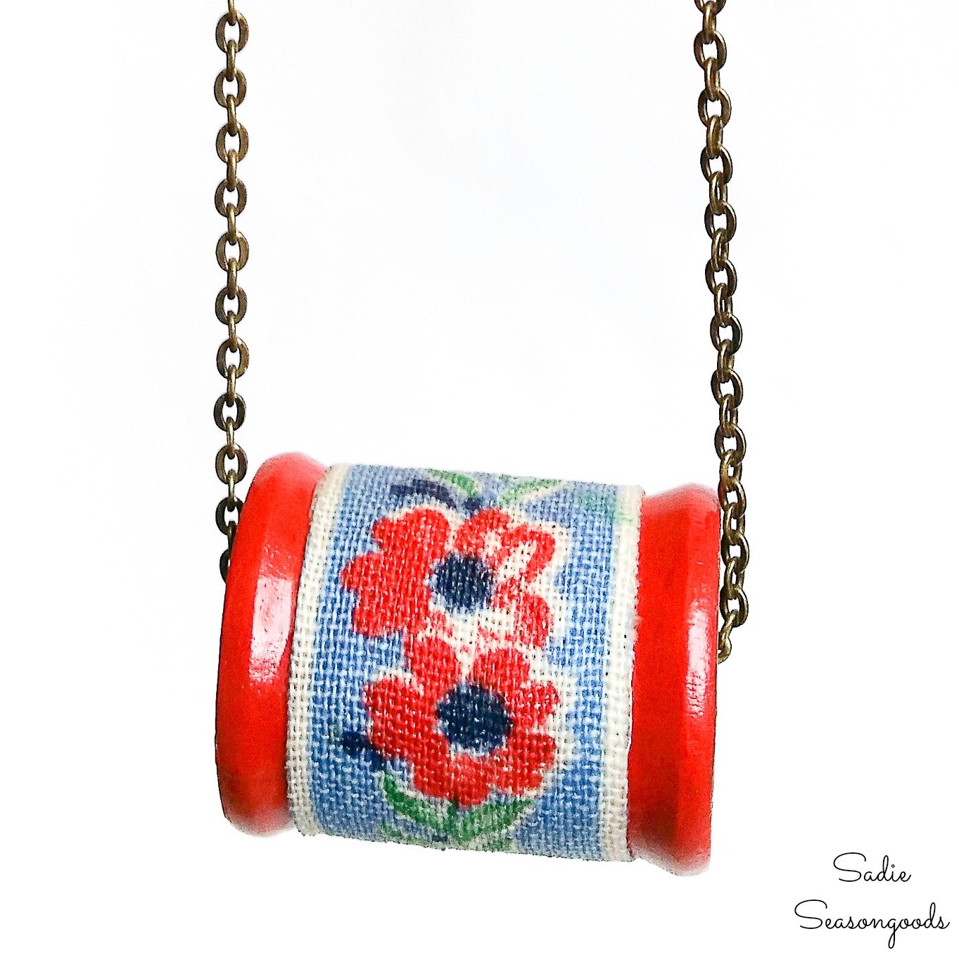 Necklace Making with Vintage Wooden Spools and Flour Sack Fabric