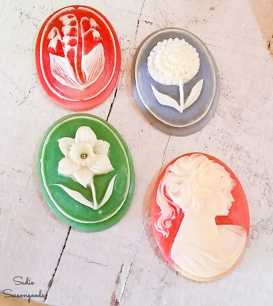 Vintage cameos for jewelry making