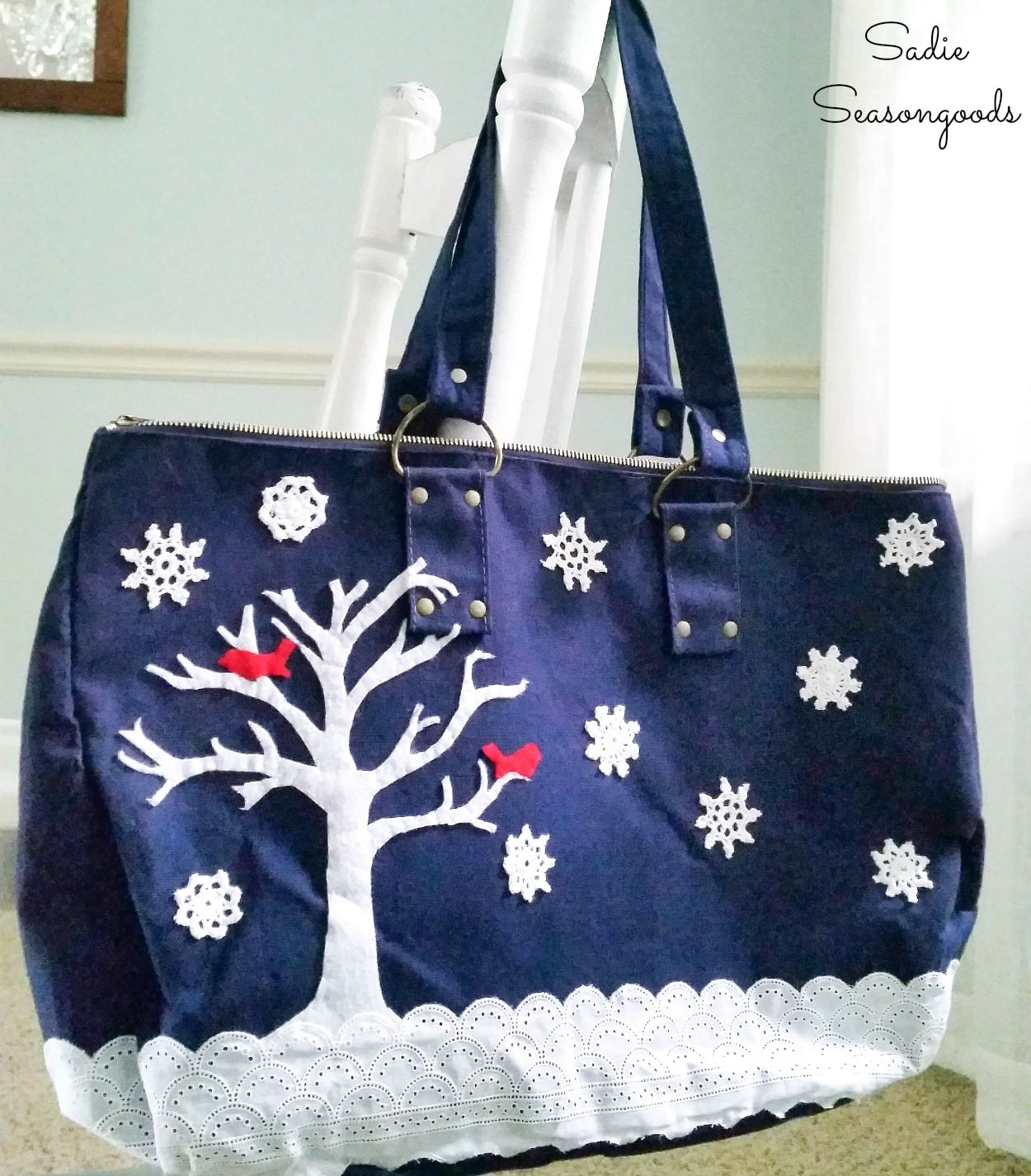 Decorating a Tote Bag with a Snowy Scene