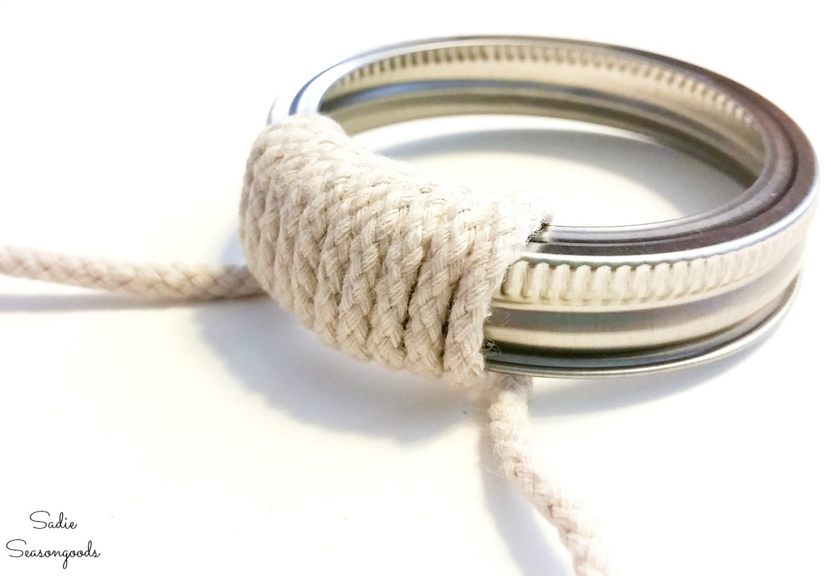 Wrapping rope around a mason jar band