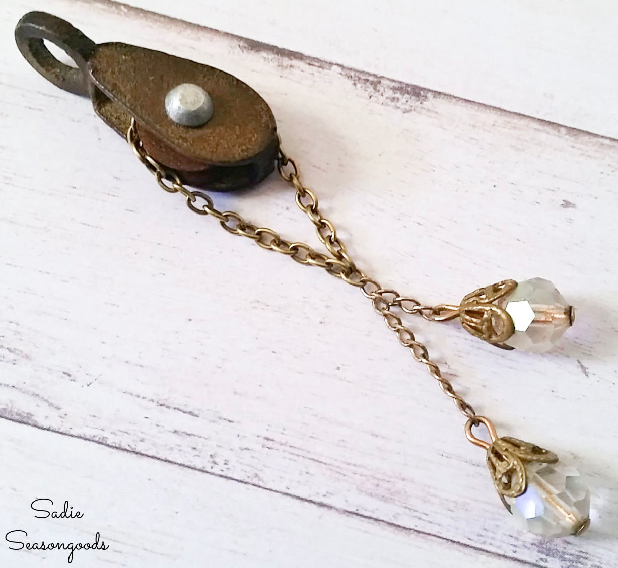small pulley as a steampunk necklace