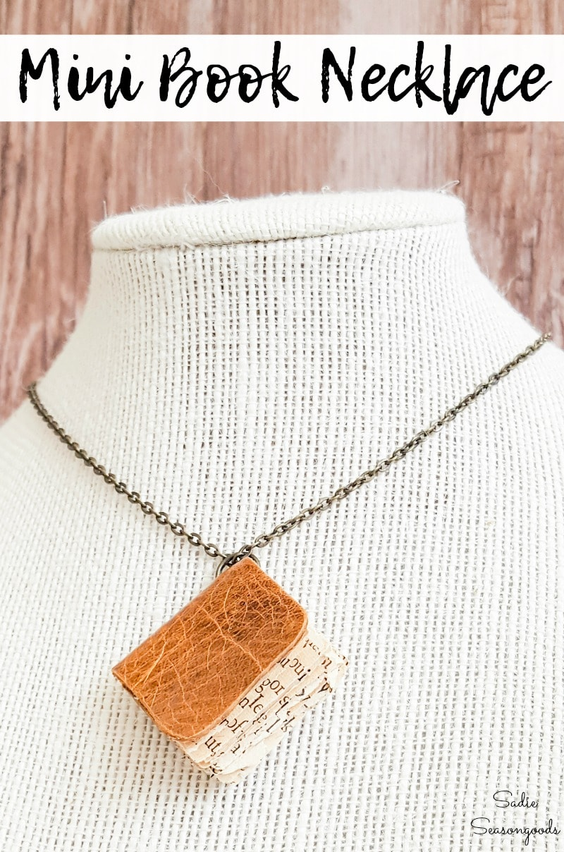 How to make a book necklace by upcycling old book pages