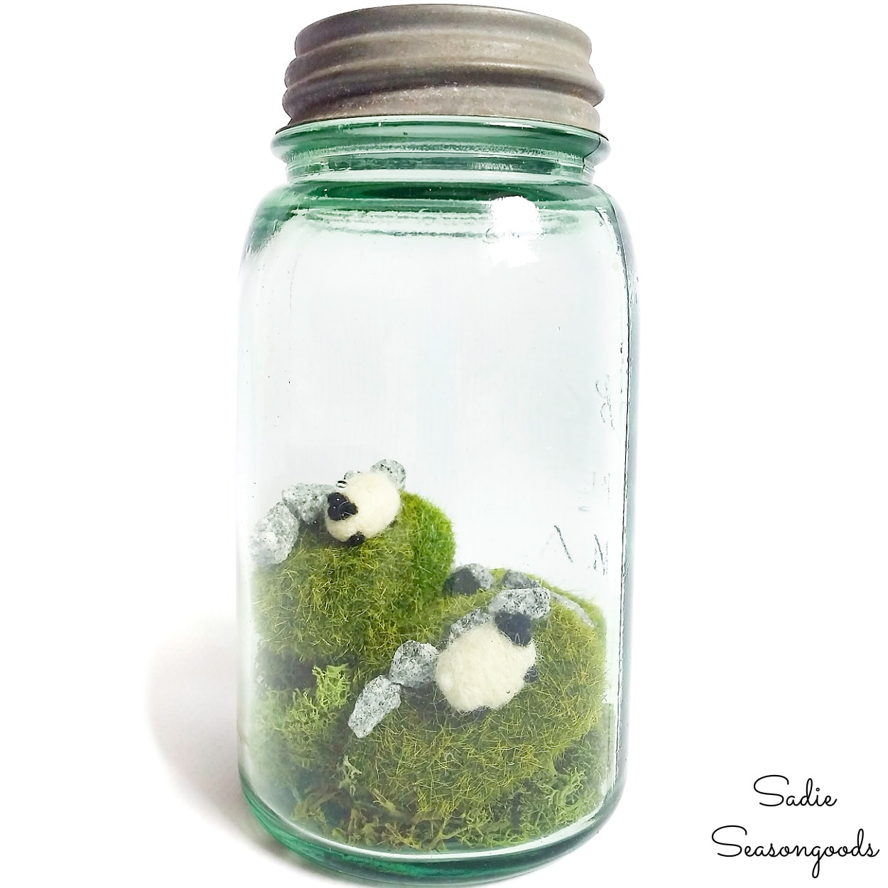 St Patrick's Day Activities For Kids - Irish Countryside Scene In A Jar