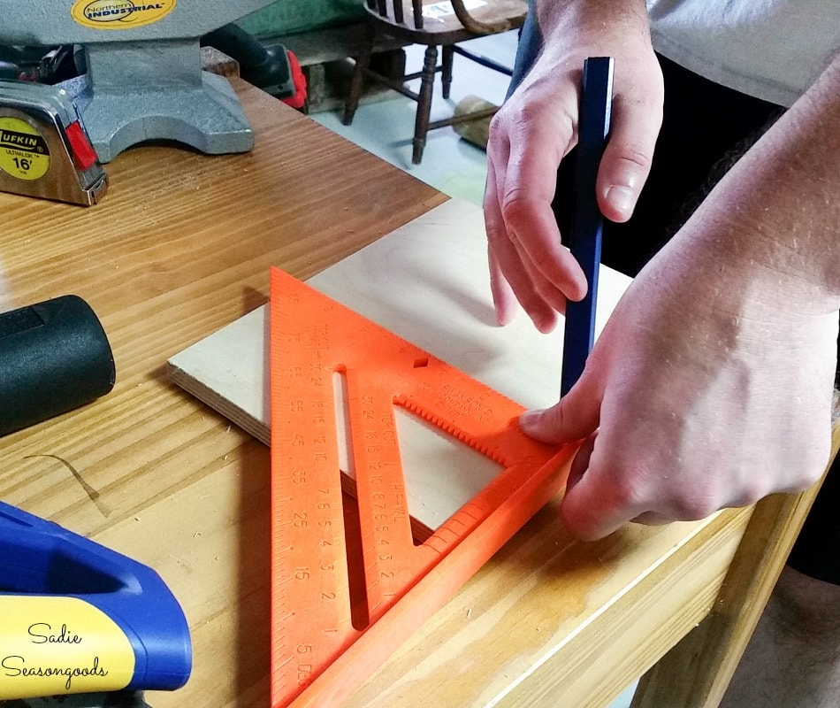 Building an organizer for a cat toy box