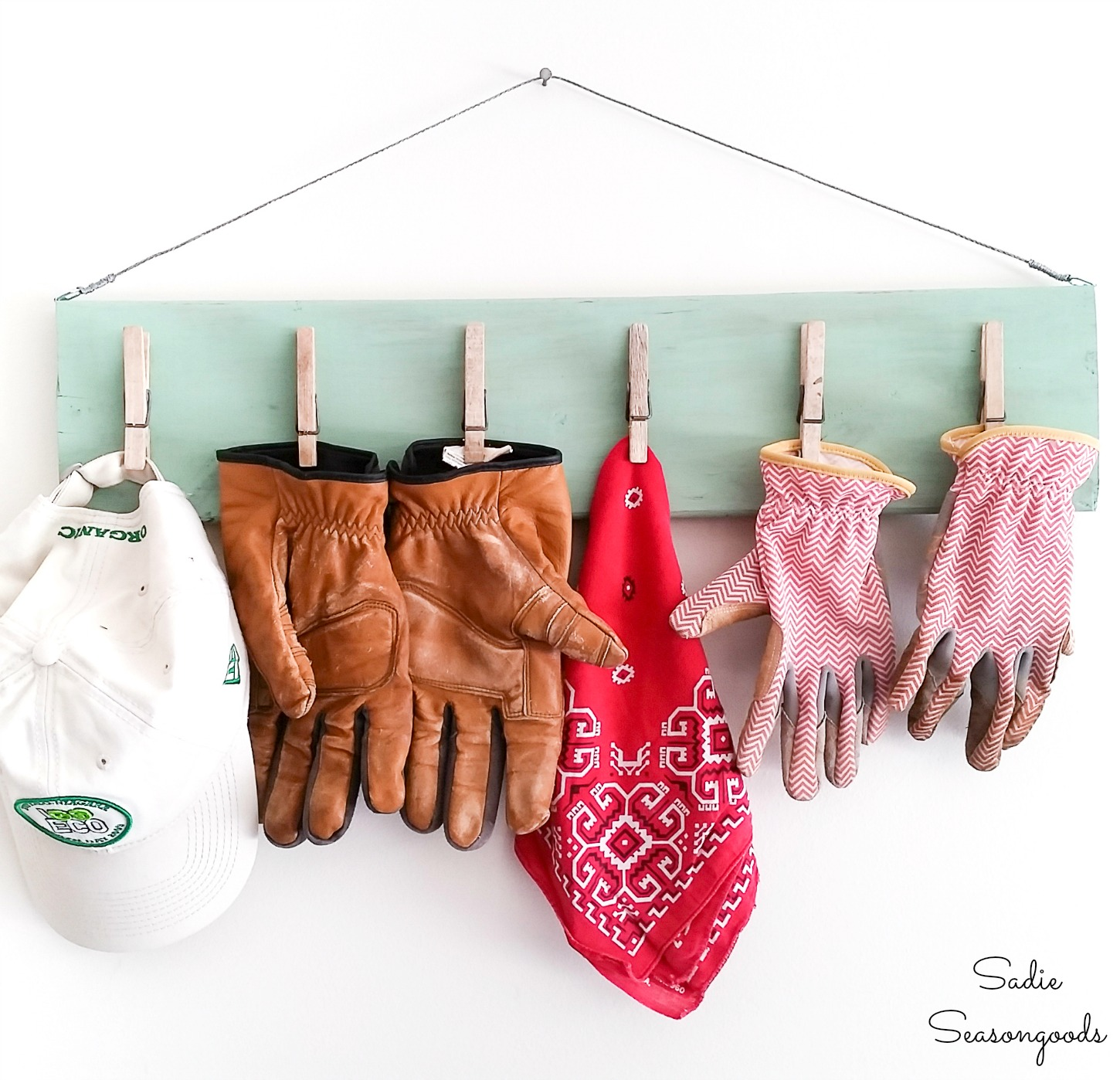 DIY Clipboard and Garage Wall Organizer for Gardening Gloves