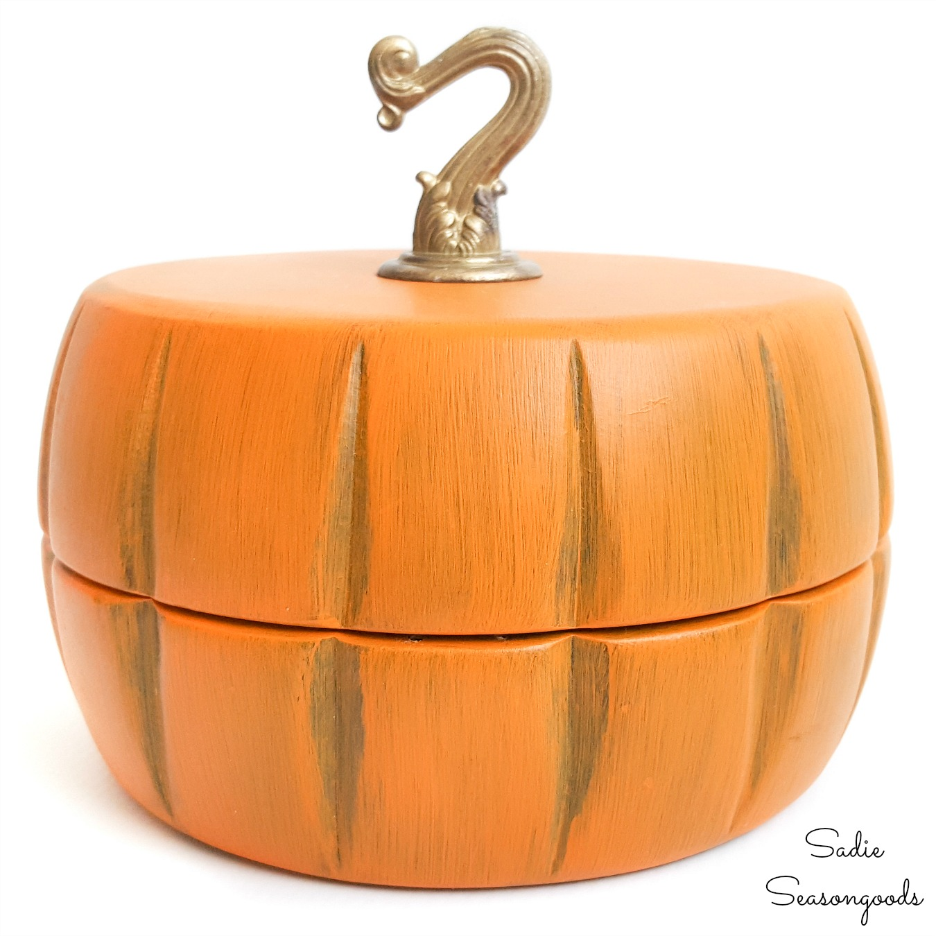 Wooden Keepsake Box and DIY Wood Pumpkin from Salad Bowls