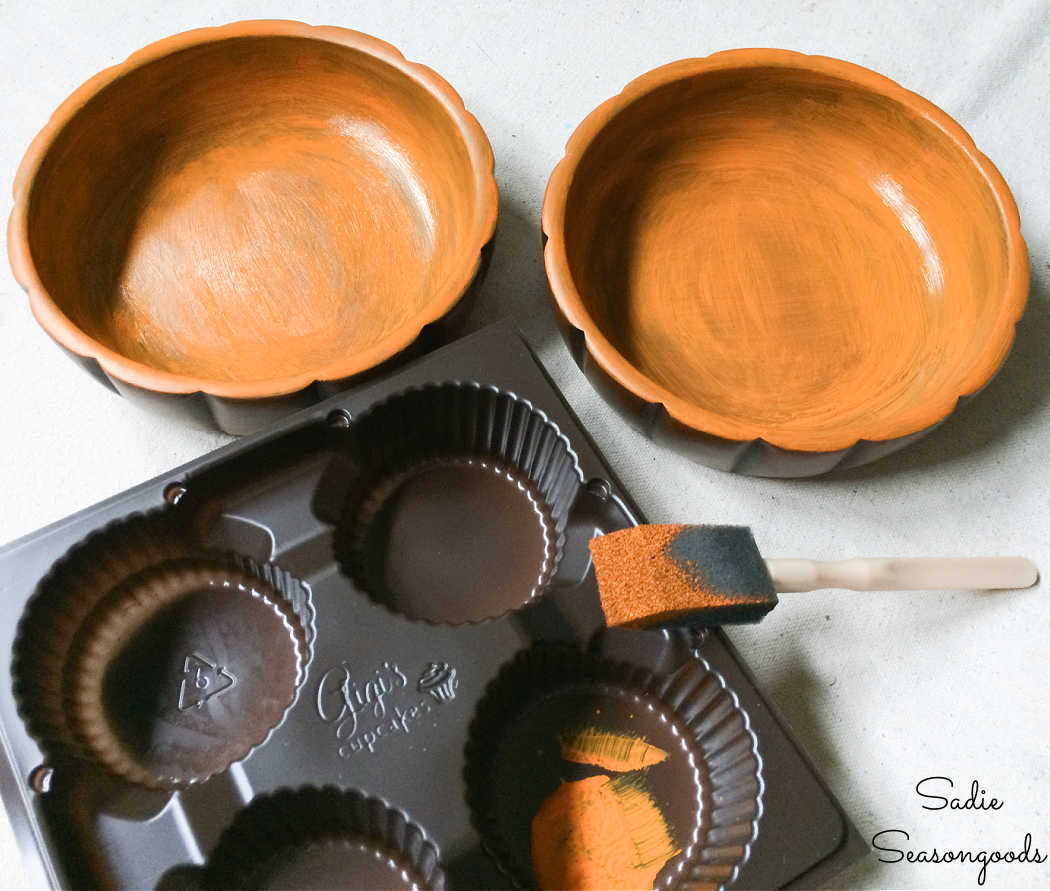 painting the bowls to be wooden pumpkin decor