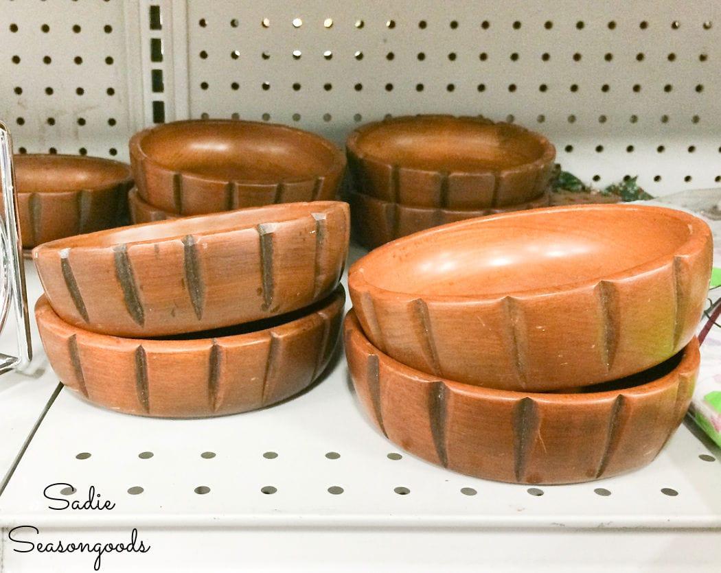 vintage salad bowls
