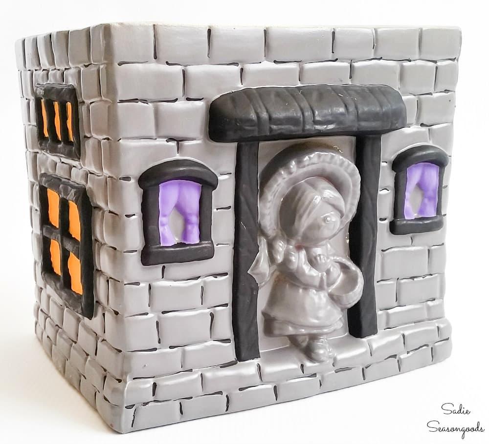 Repurposing a house cookie jar as a cute Halloween decoration