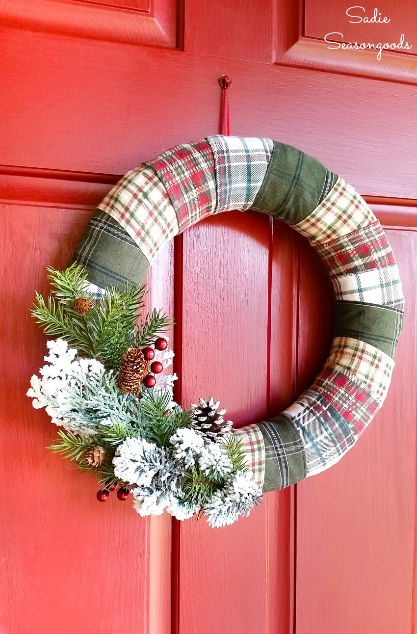 Rustic Christmas wreath by repurposing and upcycling flannel shirts