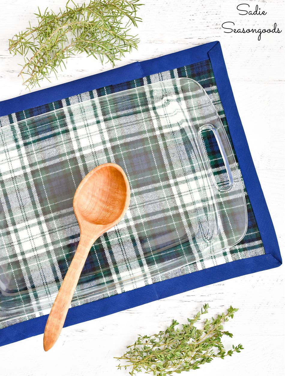 hot pad from Crafting with Flannel by Sarah Ramberg