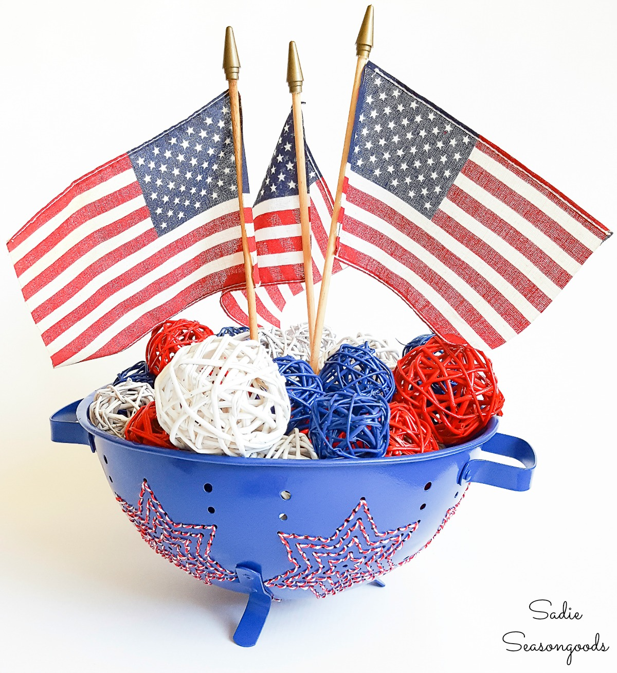 Unique embroidery for patriotic home decor in a metal colander