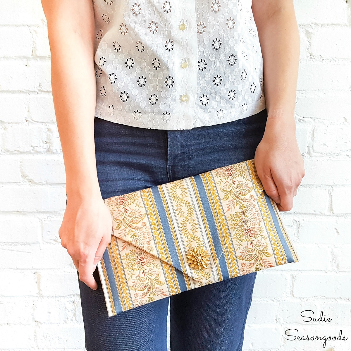 Making an Envelope Clutch from a Table Runner