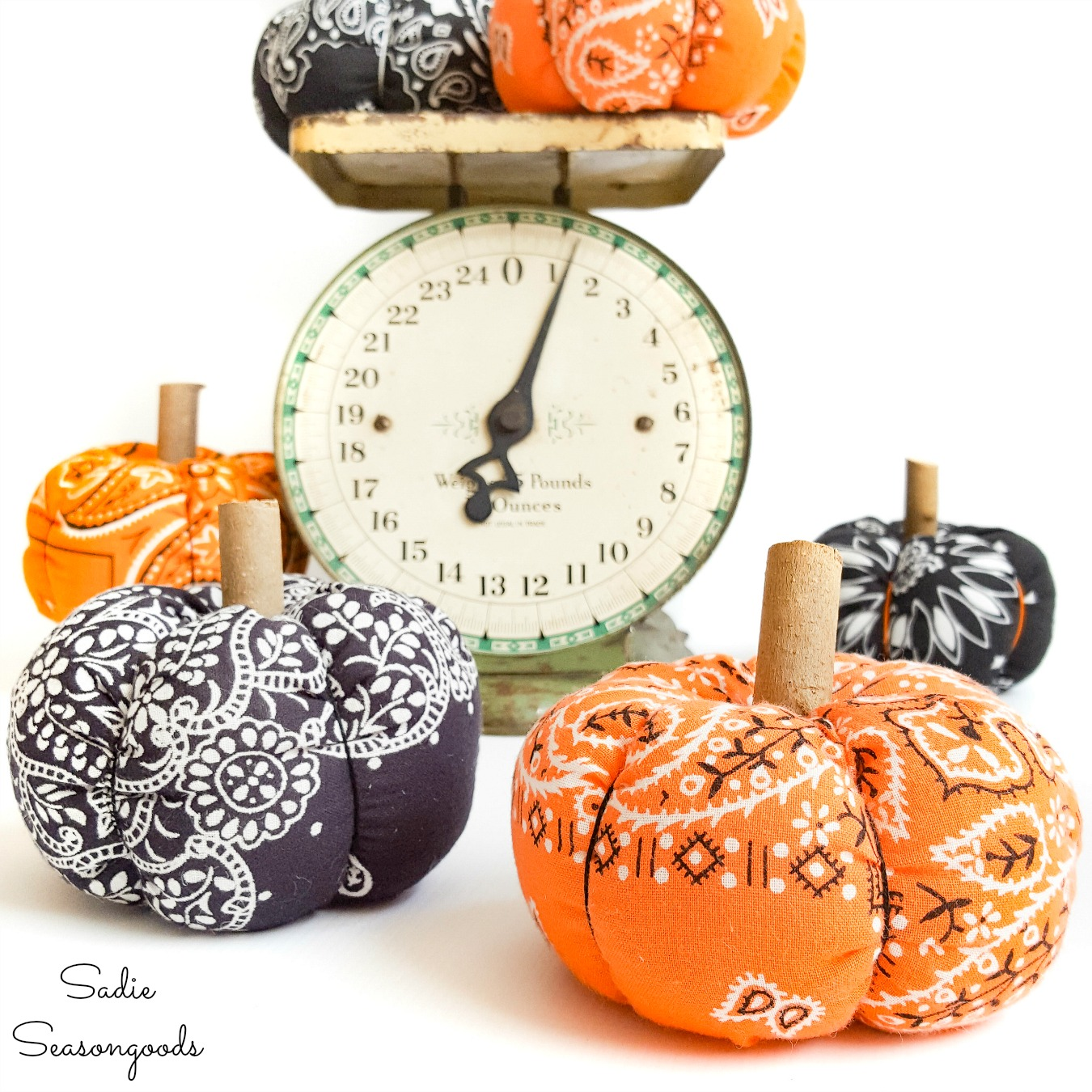 Fabric Pumpkins from a Halloween Bandana for Rustic Fall Decor