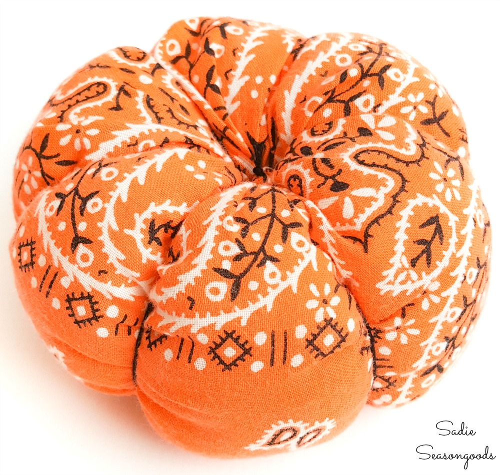 Plush pumpkins in bandana fabric