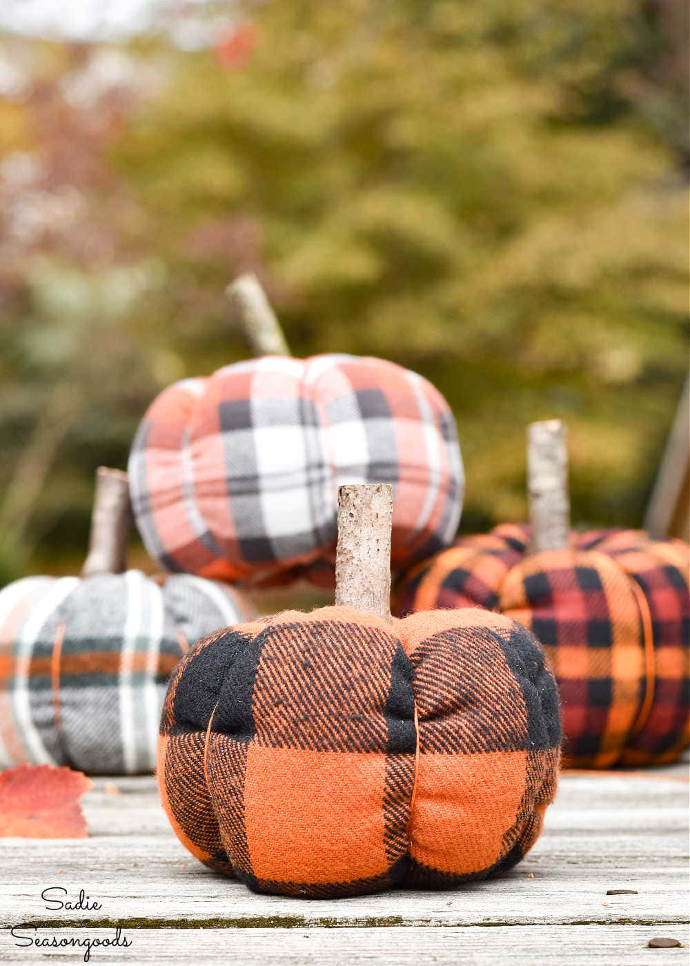 fabric pumpkins in crafting with flannel