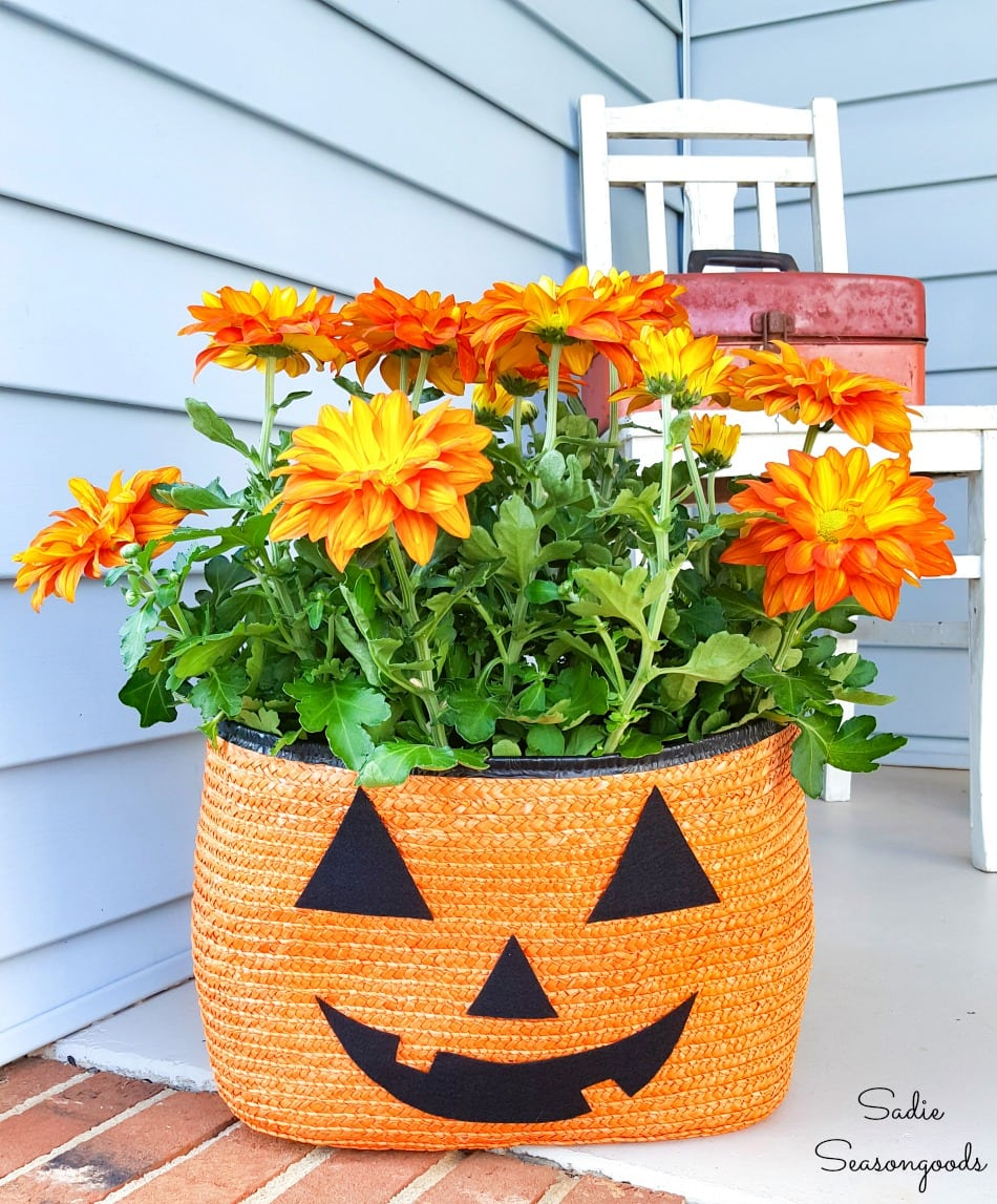 Jack o lantern planter for a Halloween porch