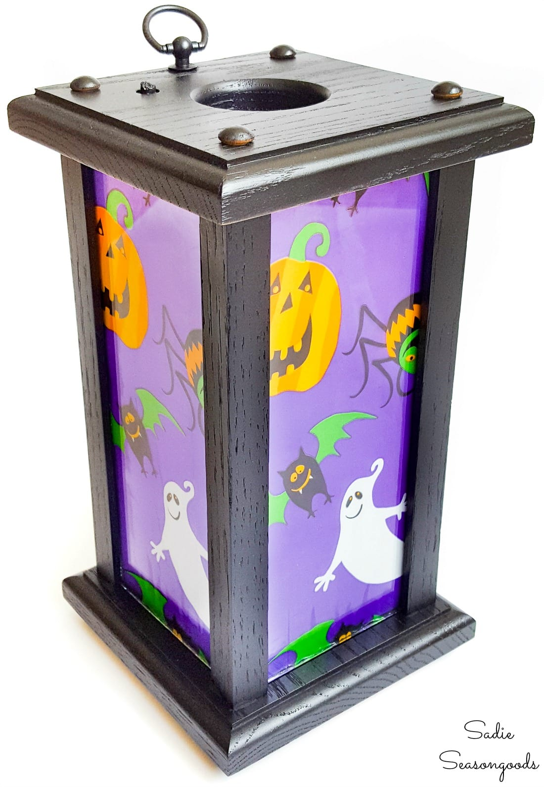 Upcycling a wooden candle lantern into a Halloween lantern