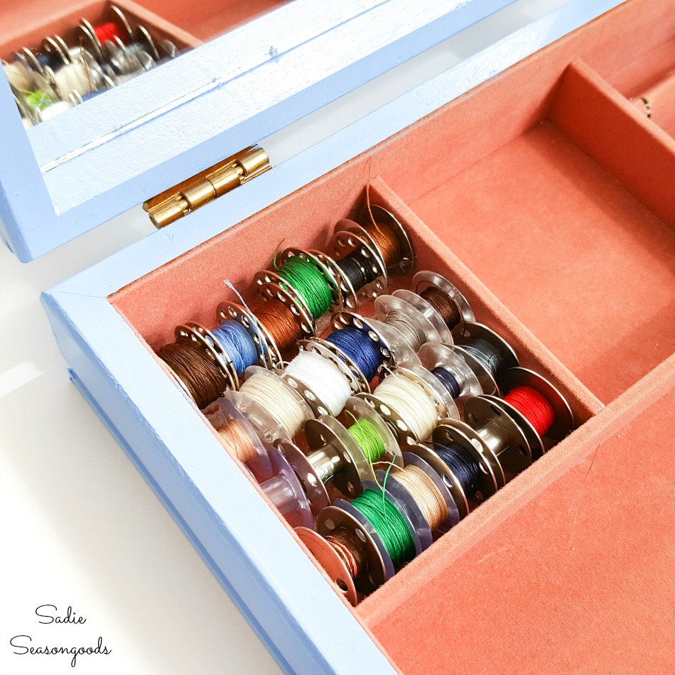 Bobbin storage in a sewing starter kit