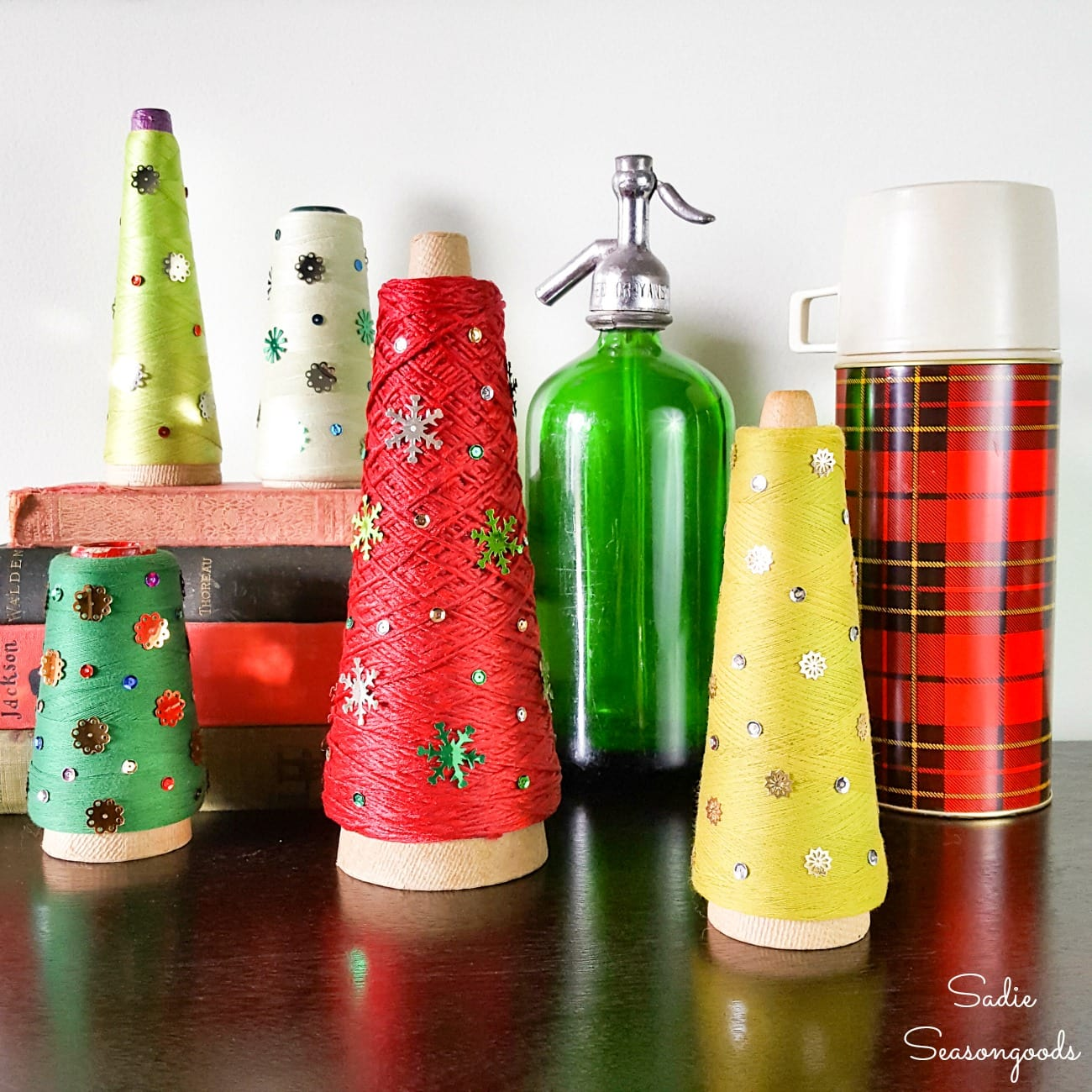 Christmas craft project with serger thread cones