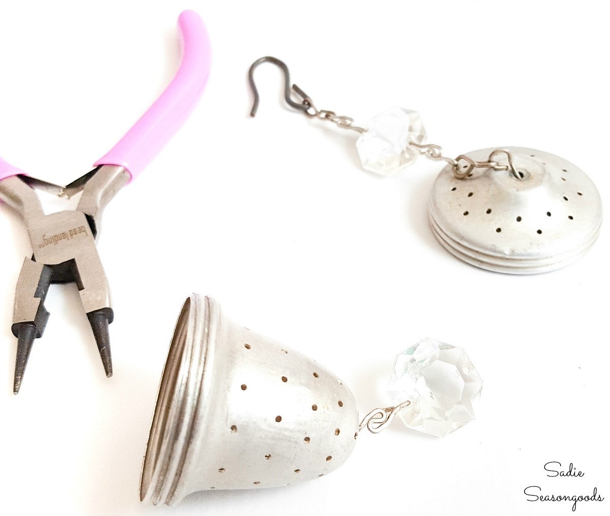 Craft ideas for vintage tea strainers