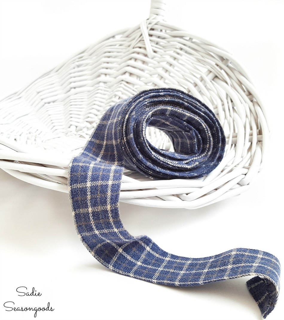 Flannel ribbon to wrap around the handle of a fireplace basket