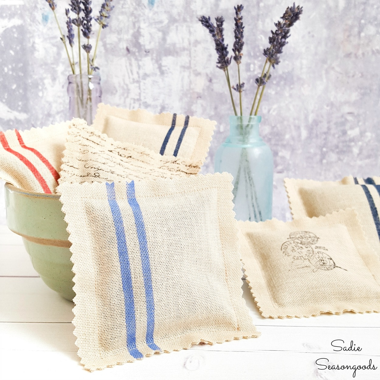 Faking the look of grain sack fabric for DIY lavender sachets