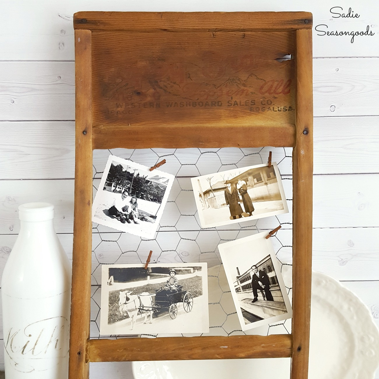 Primitive Decor with an Old Washboard Turned Farmhouse Frame