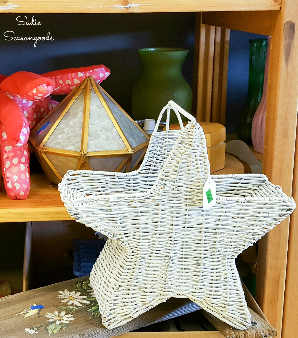 Star basket for upcycling into Independence Day decorations