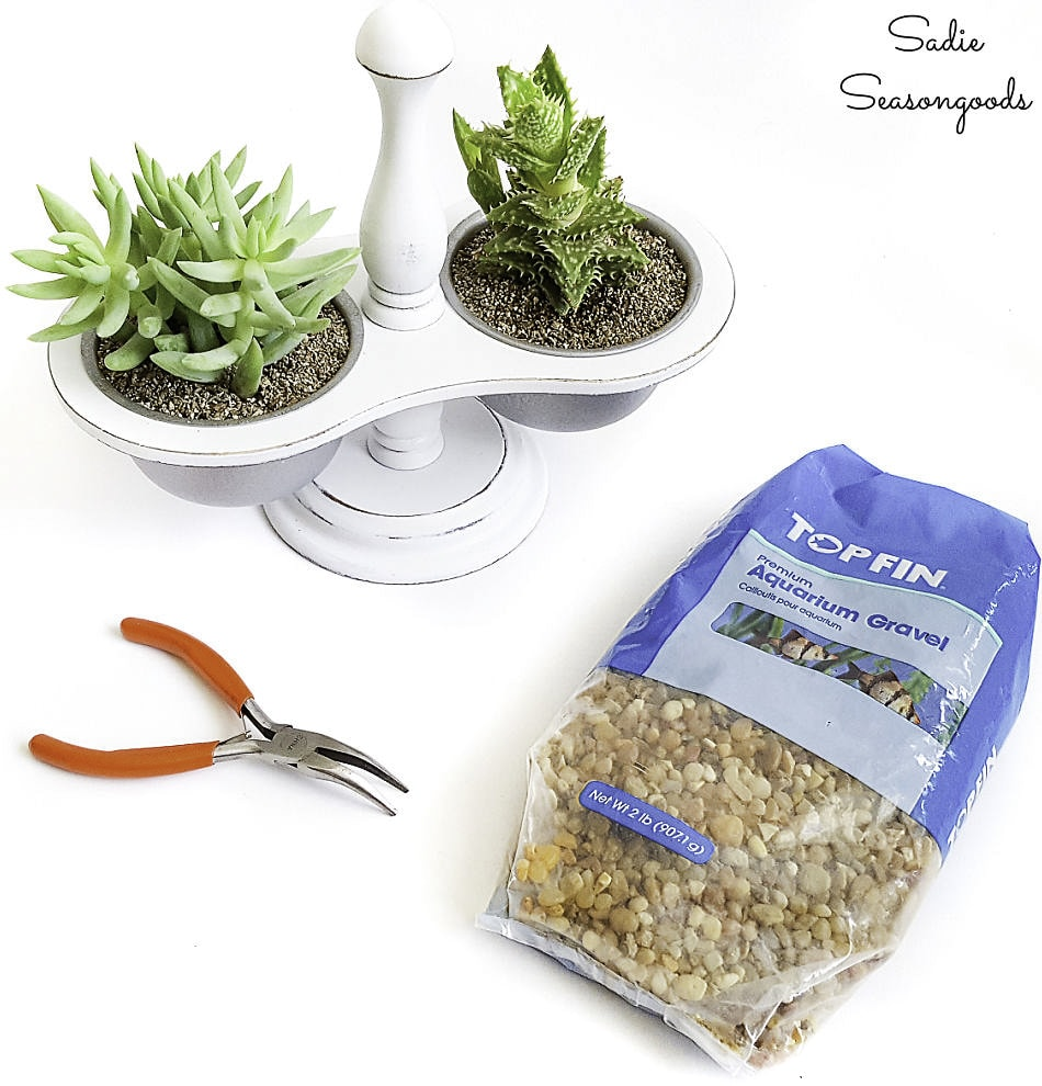 Aquarium gravel for mini succulent pots