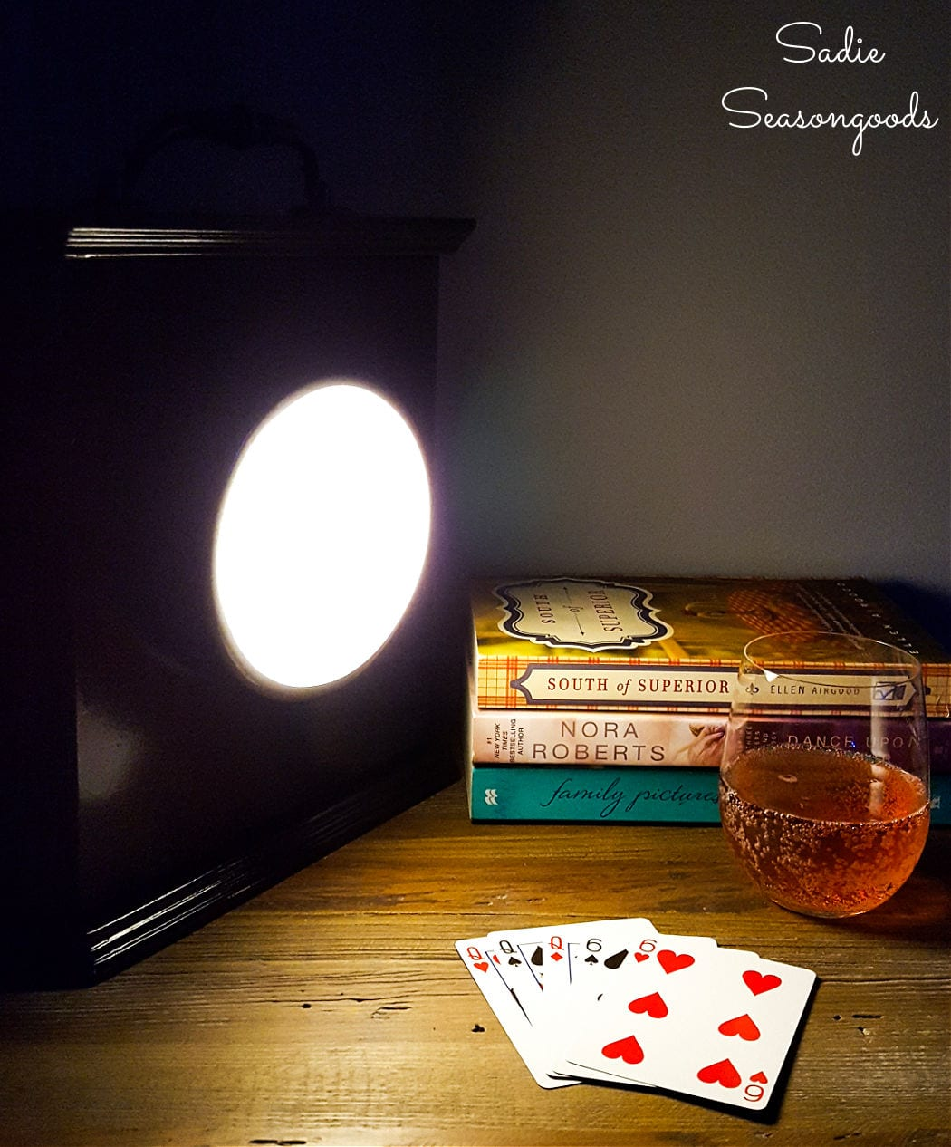 power outage kit with emergency lantern