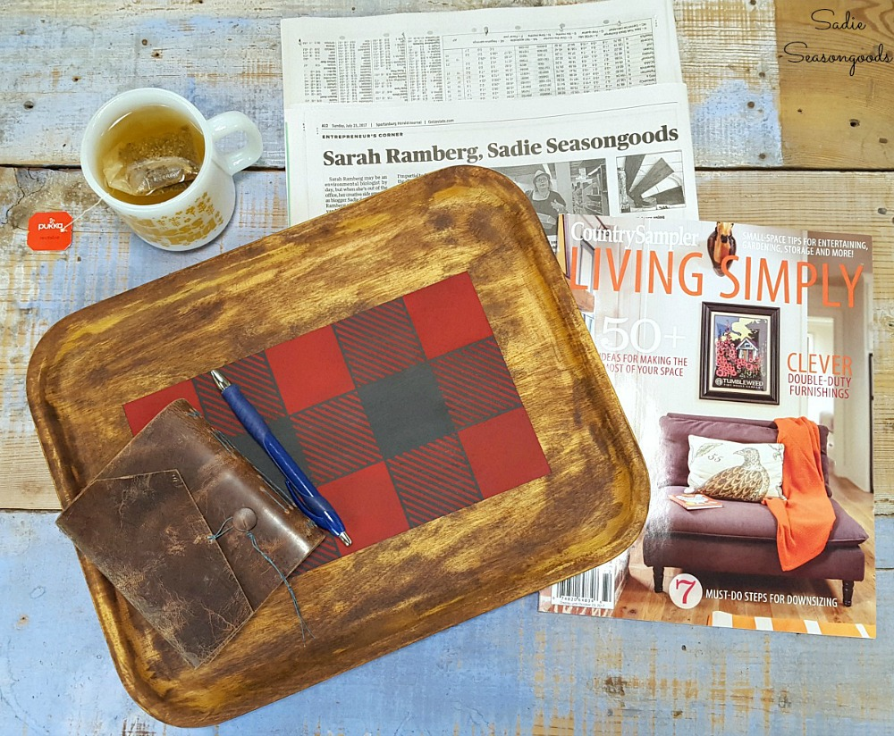 Thrift store makeover with a wooden tray to create the rustic home decor as autumn craft for Fall decorating