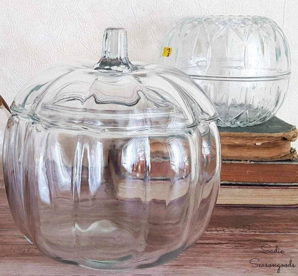 Upcycling the clear glass pumpkins with Ranger alcohol inks