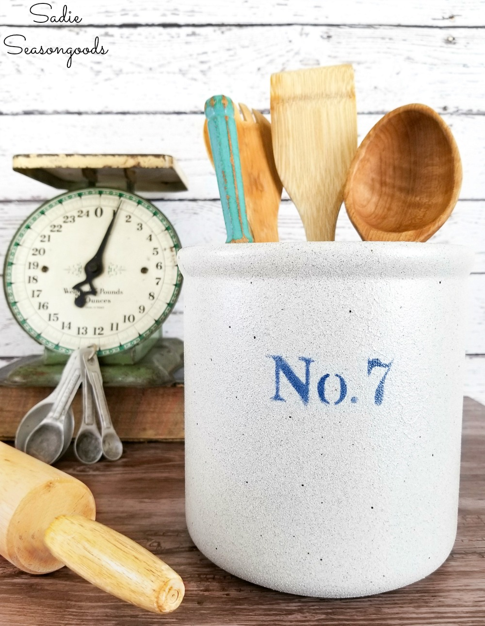 Upcycling a white ceramic canister to look like the antique crocks