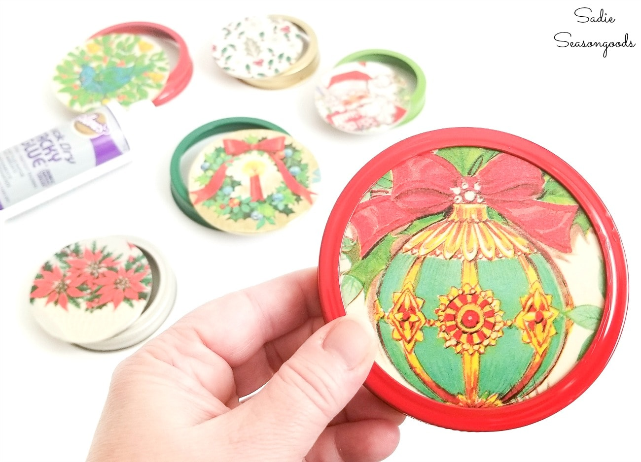 Mason jar lid craft with vintage Christmas wrapping paper