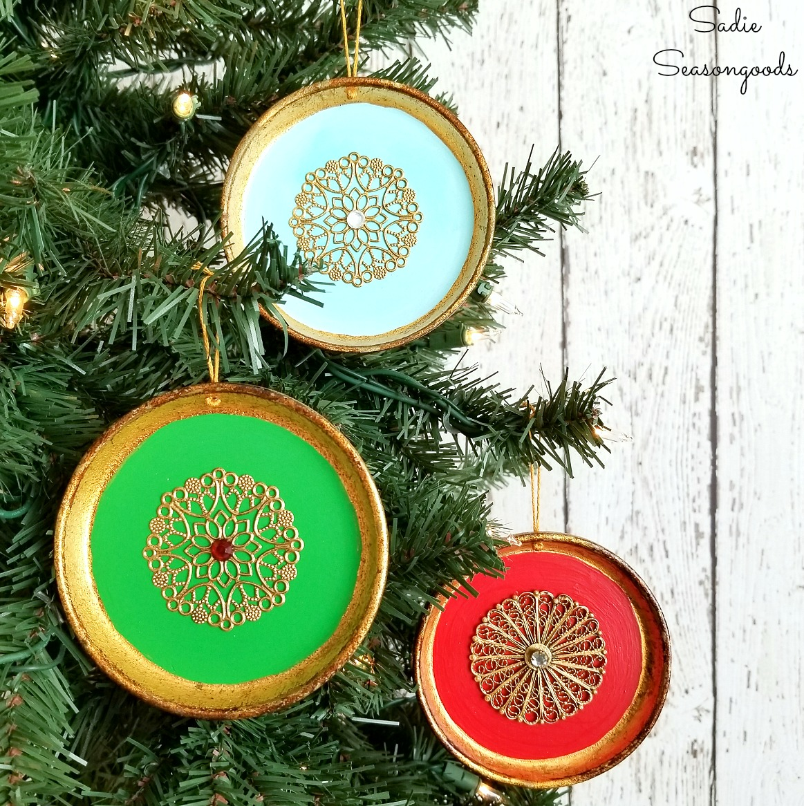 DIY Christmas ornaments by upcycling the drink coasters into Italian gold or Florentine gold with paint and filigree jewelry