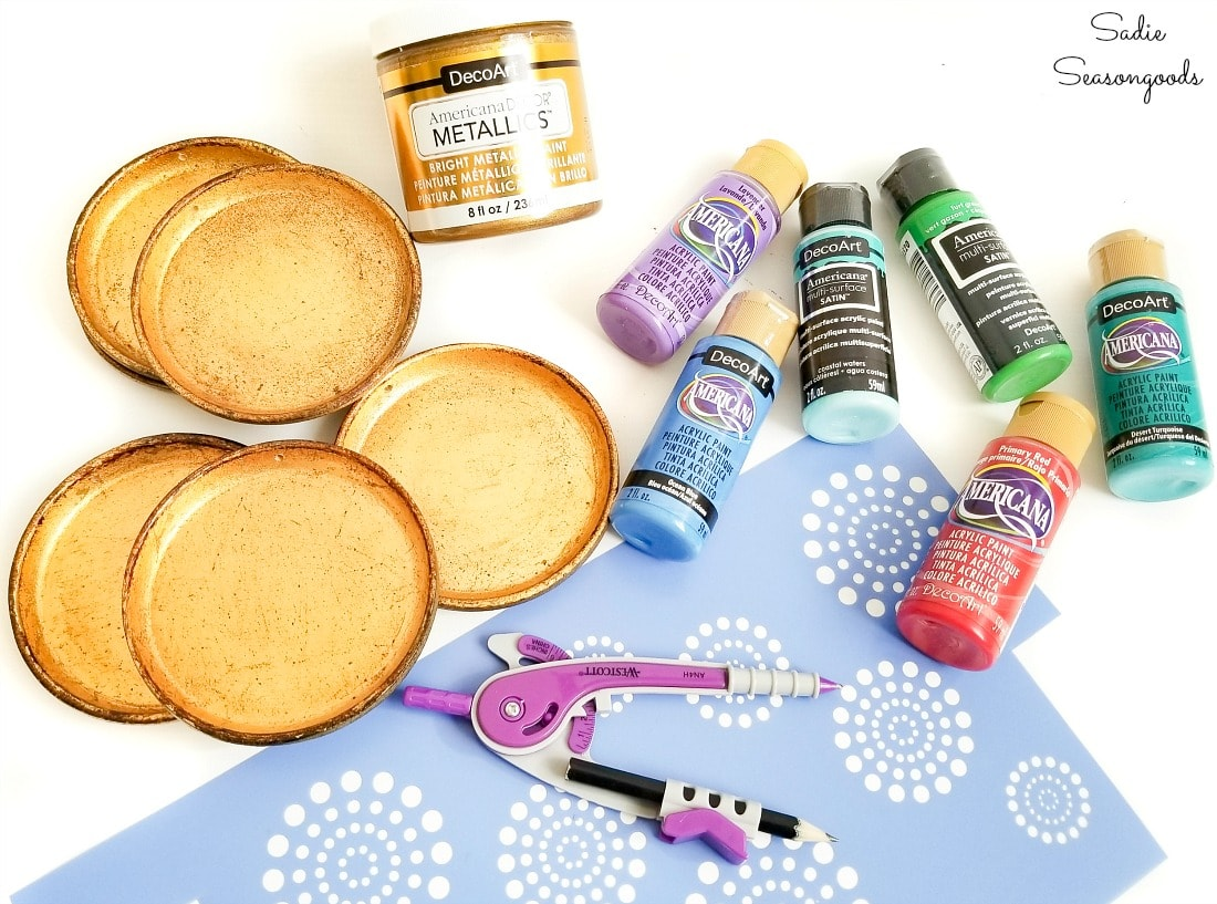 Decorating the Florentine gold with paint and stencils