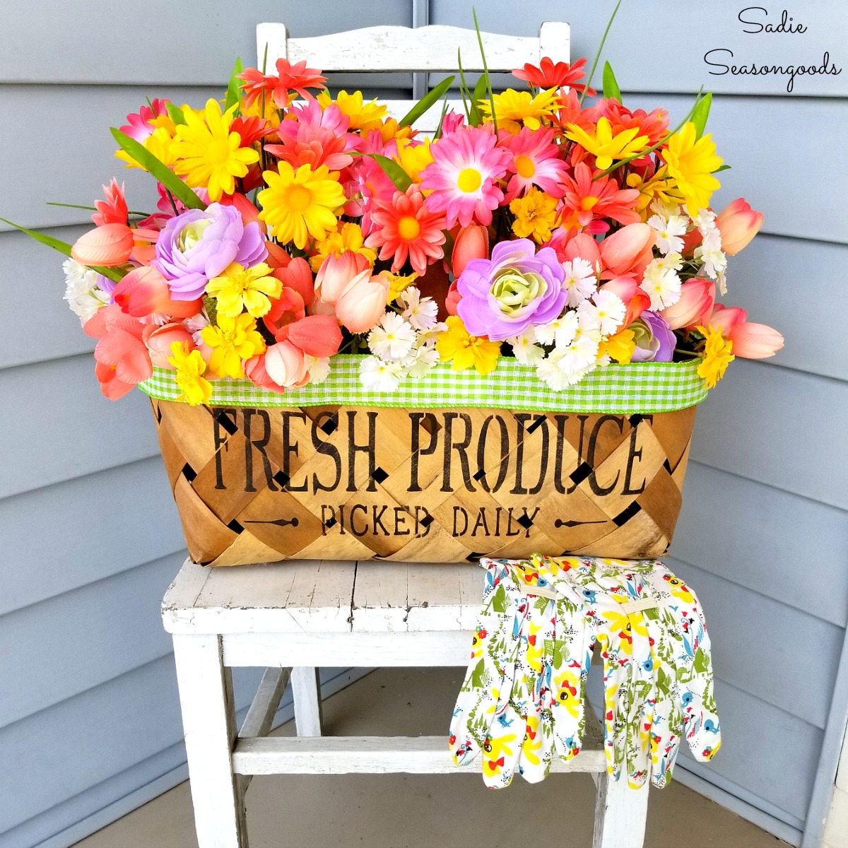 Harvest Basket Upcycled into Flower Basket for Front Porch Decor