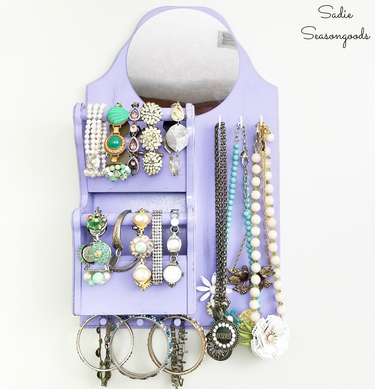 Apartment Storage Ideas with a DIY Jewelry Hanger