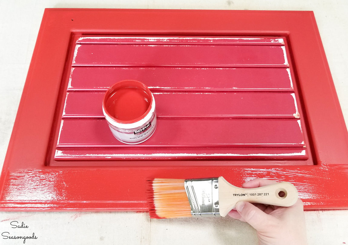 creating a patriotic sign on a cabinet door