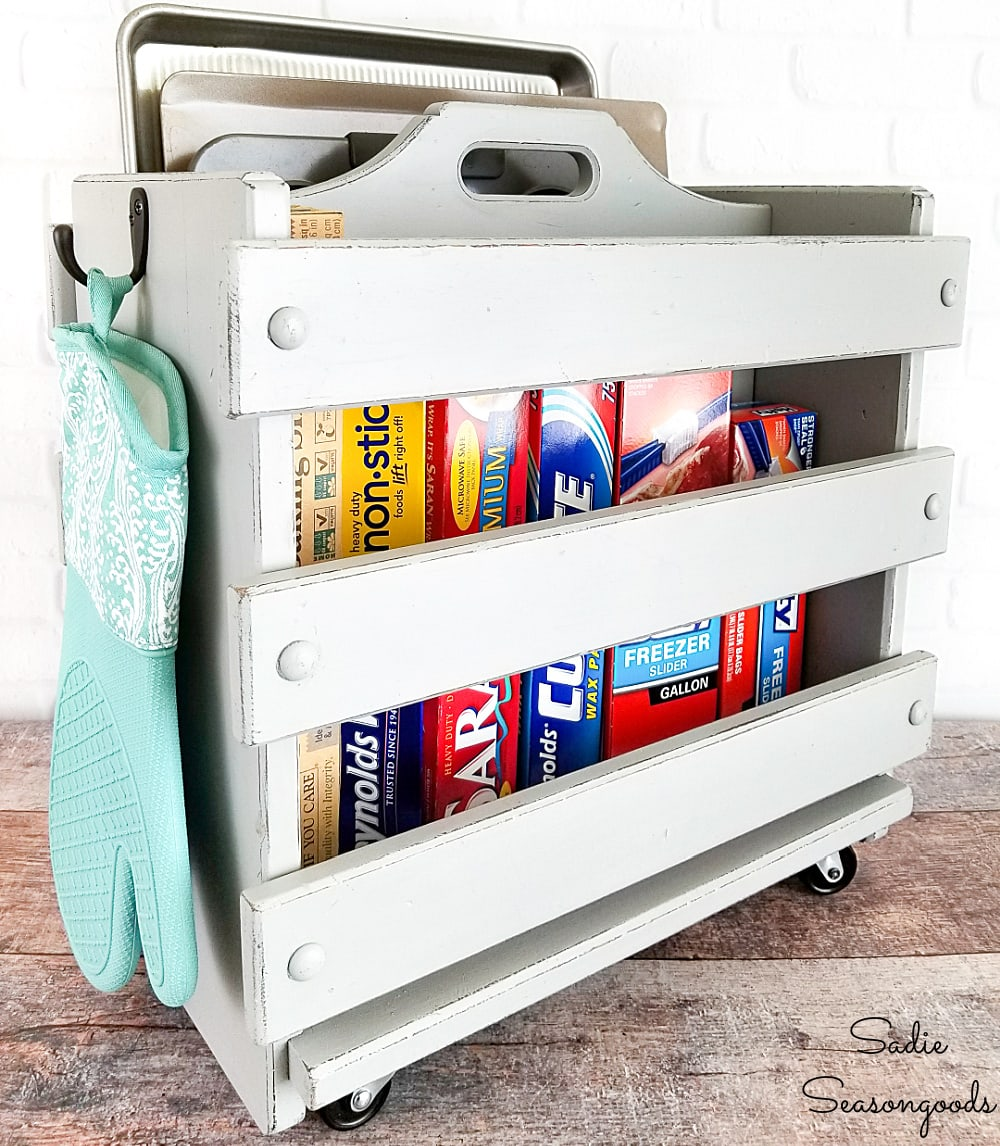 Baking Pan Storage in a Kitchen Caddy