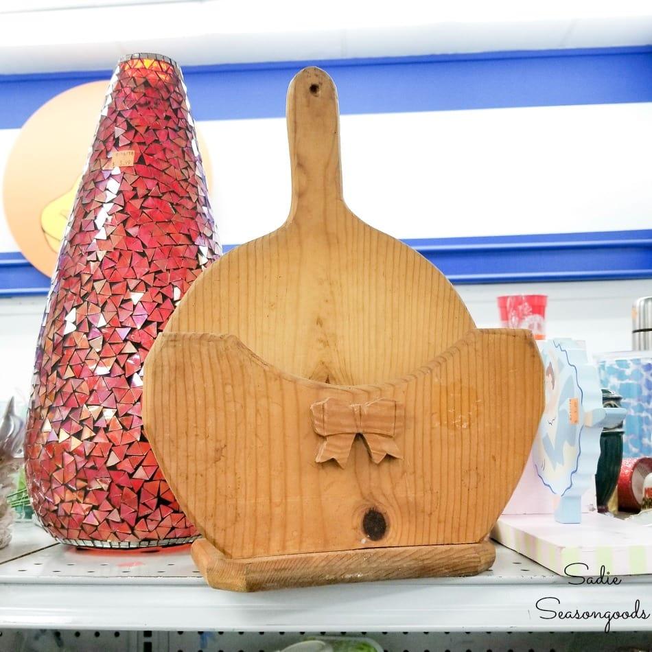 wooden paper plate holder