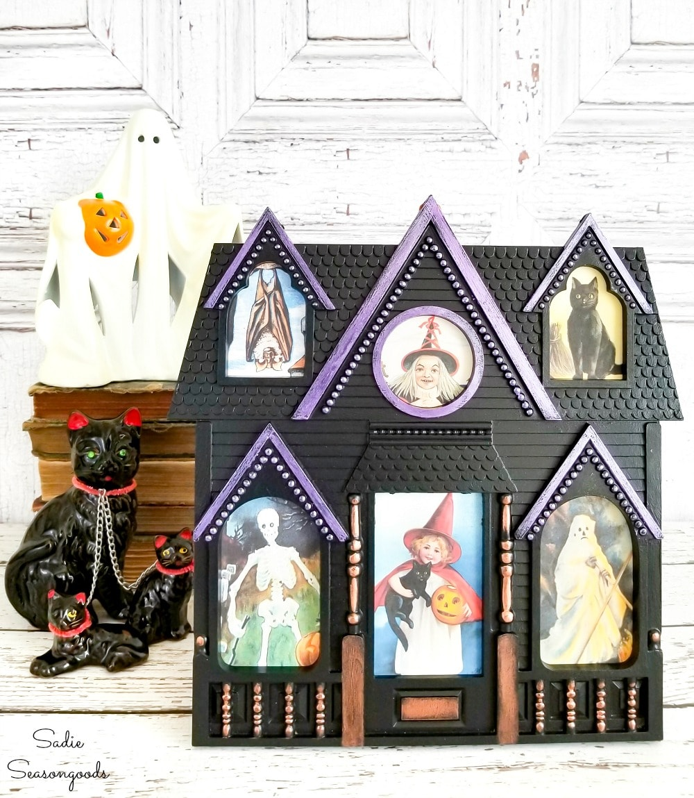 Filling a house picture frame with Halloween postcards