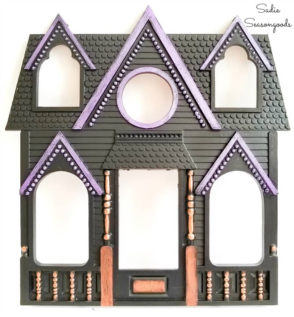 Haunted house picture frame for Halloween decor