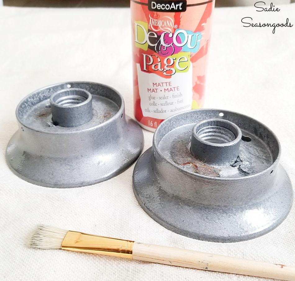 Decoupage glue as a matte top coat
