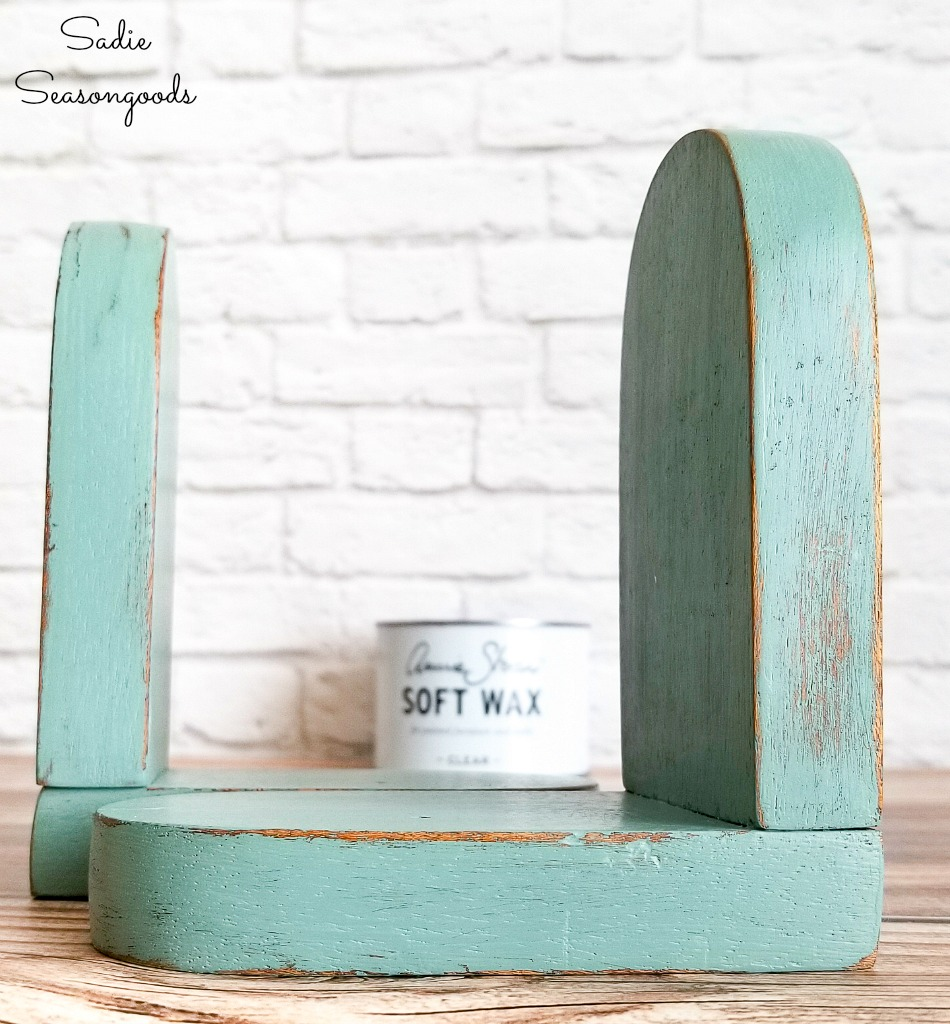 Behr In the Moment on vintage bookends as vintage farmhouse decor