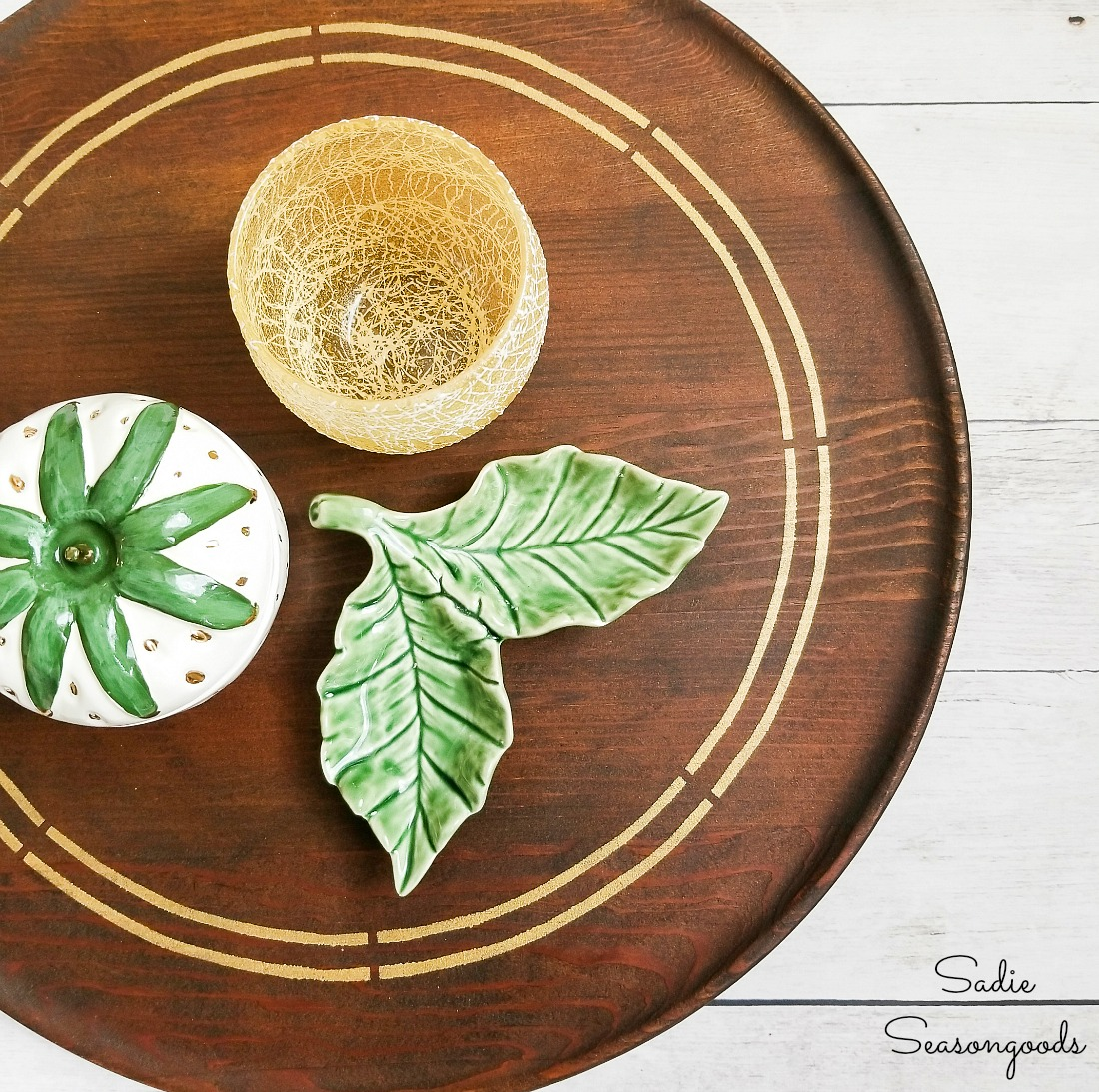 Refinishing a Wooden Lazy Susan as Mid Century Modern Decor
