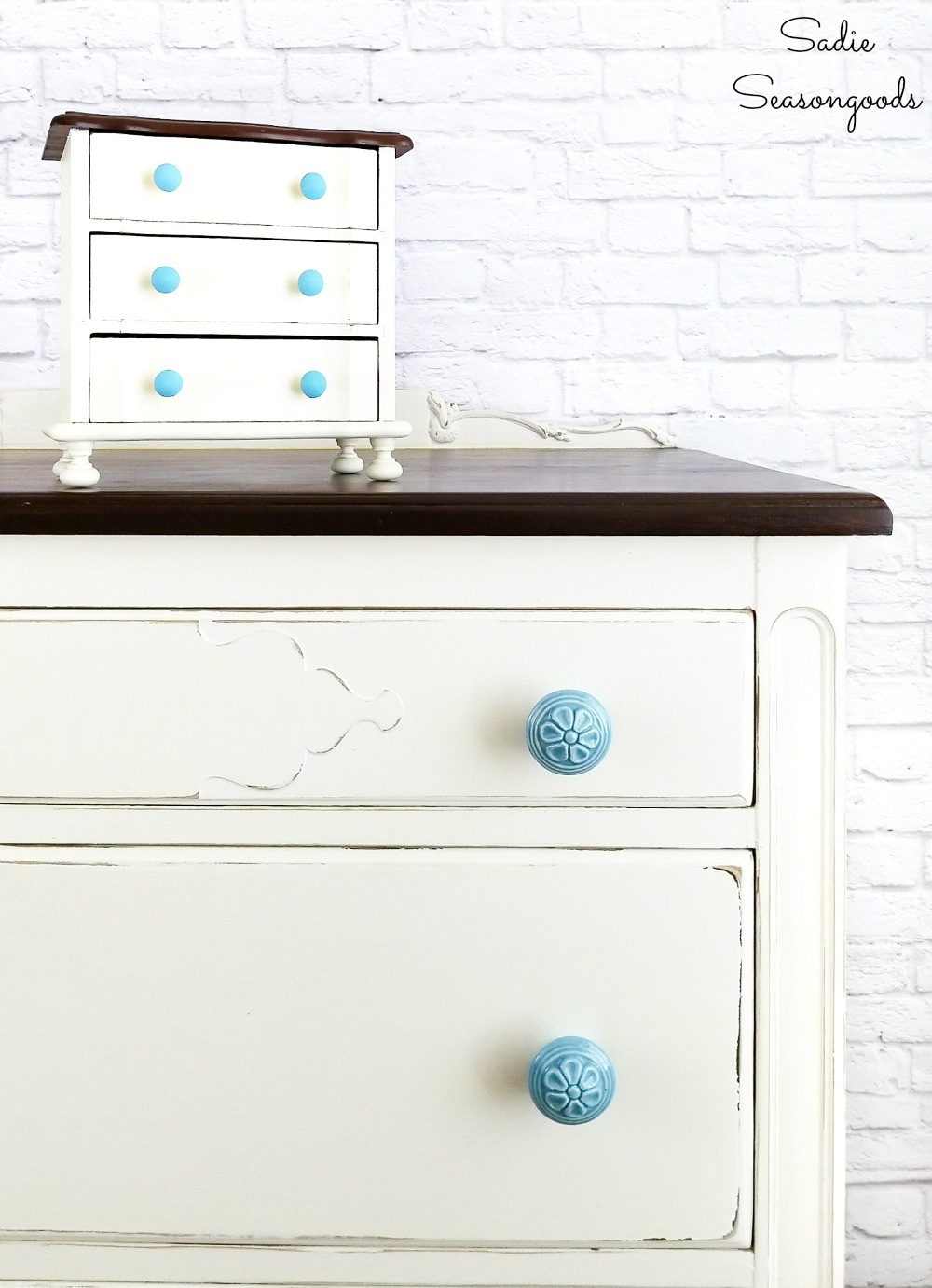 Painting the mini drawers to look like bedroom furniture